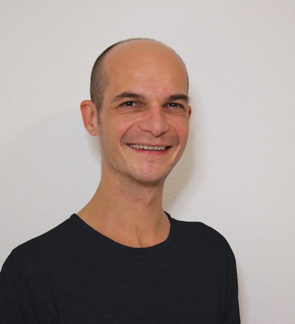 Claudio Venuti